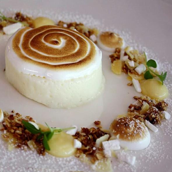 Lemon Mousse Dessert @ Postres Oy