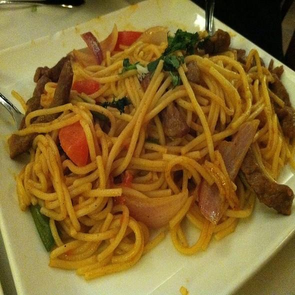 Tallarin Saltado @ Inkas Restaurant