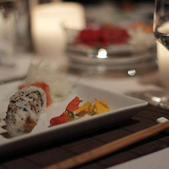 Sushi @ Casa Mun