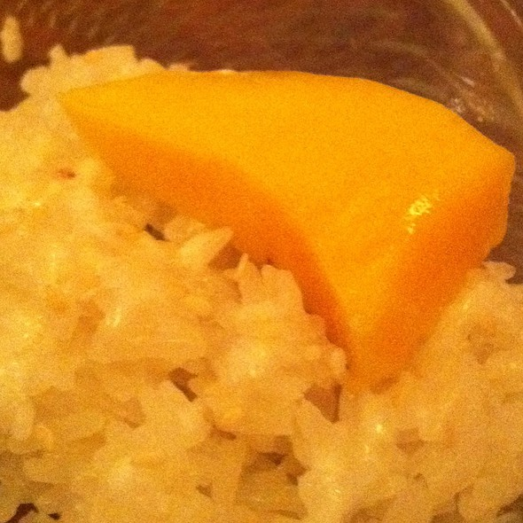 Sticky Rice And Mango @ Sweet Lemons I