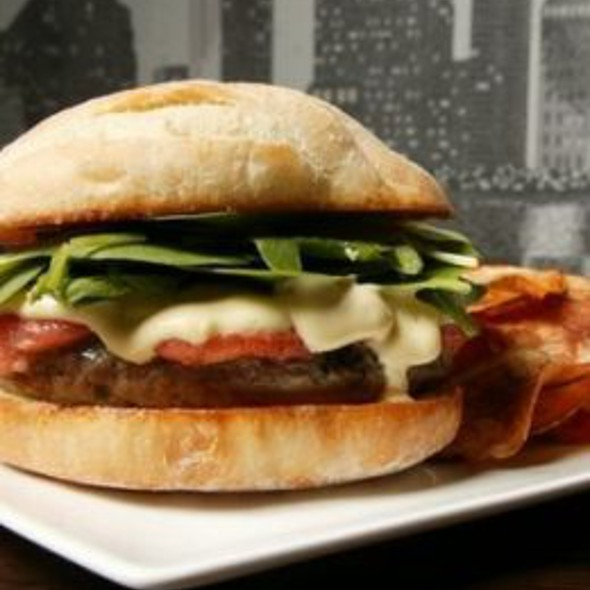 Thrillist's Favorite Burger @ Neighborhood
