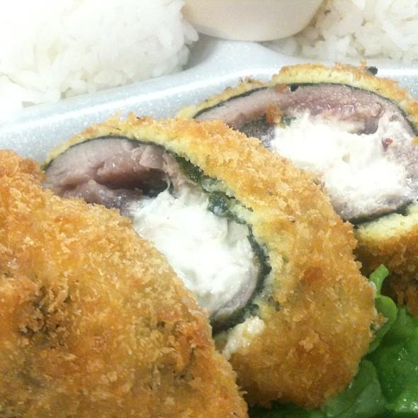 Crispy Crab Stuffed Ahi Roll @ Fresh Catch