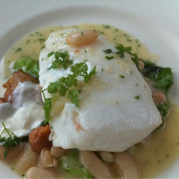 Halibut, Chantarelles, Beans @ The Tasting Kitchen