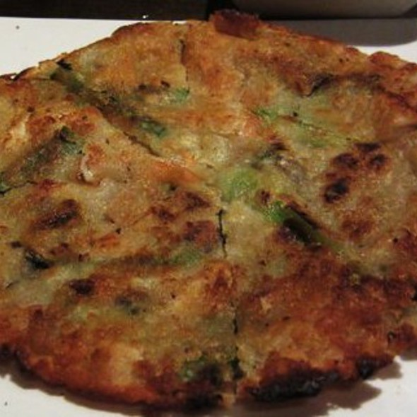 Korean Scallion & Seafood Pancake