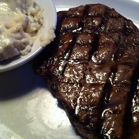 Ribeye Steak @ Texas Roadhouse