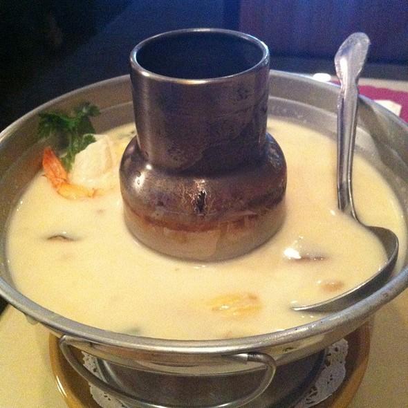 Tom Kha Kai @ Siam Nara Thai Cuisine