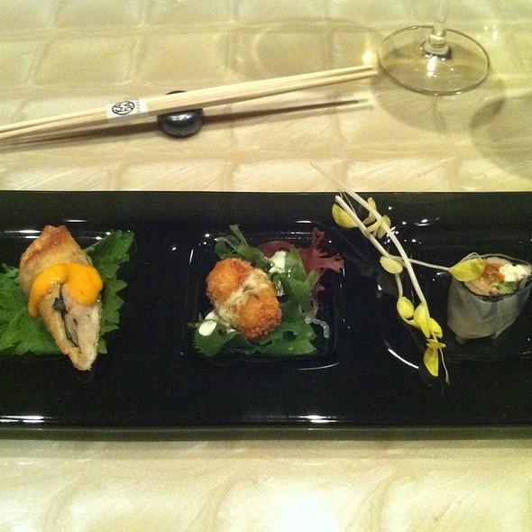 Beef Shabu-Shabu Spring Roll, Shrimp & Peekytoe Crab Roulades, Lobster Croquettes @ Okada