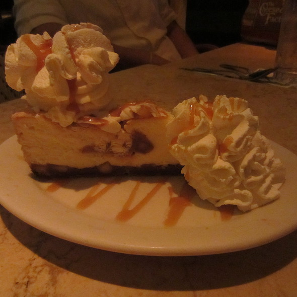 White Chocolate Caramel Macadamia Nut Cheesecake @ Cheesecake Factory