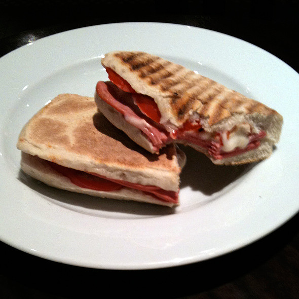 Jambonlu Peynirli Sandviç @ Starbucks