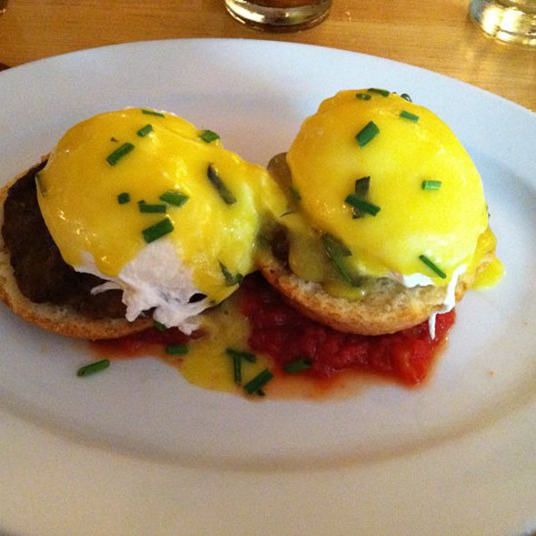 Sausage Eggs Benedict @ Five Points