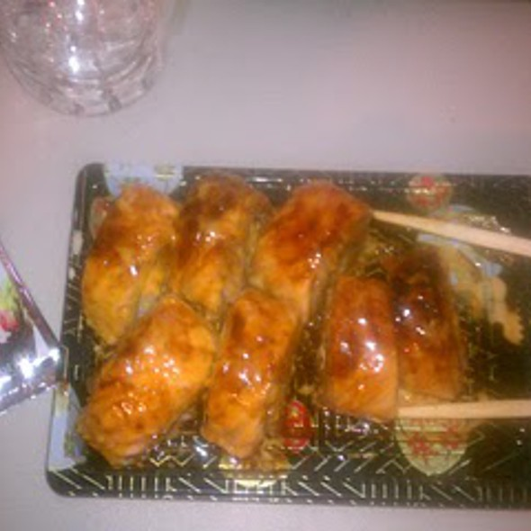 Baked Salmon Roll @ Sushiyaa