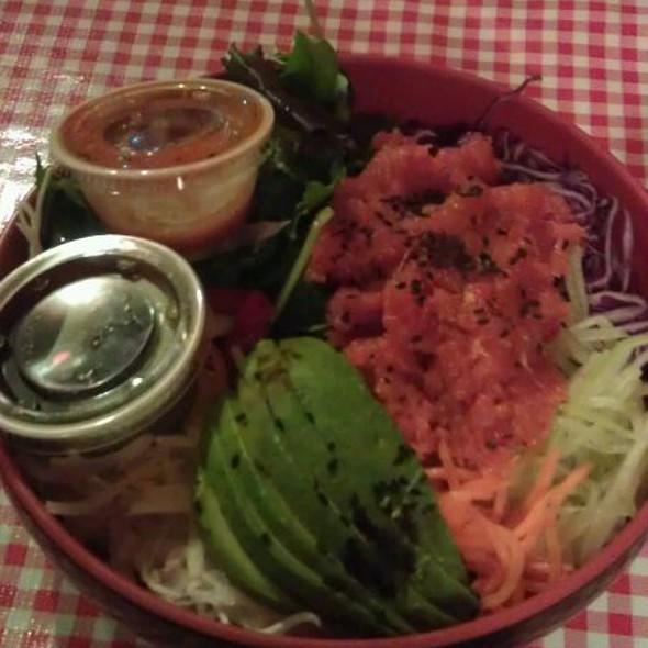Mix Mix Bibimbap w/Spicy Tuna @ Koriente Restaurant