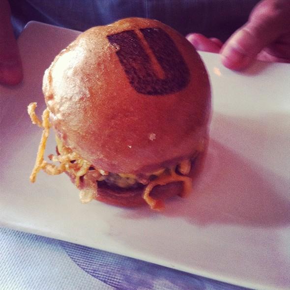Manly Burger @ Umami Burger