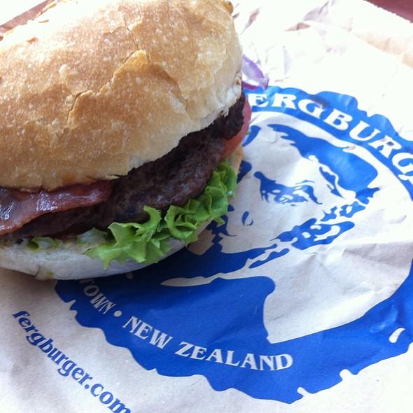 Hamburger @ Fergburger