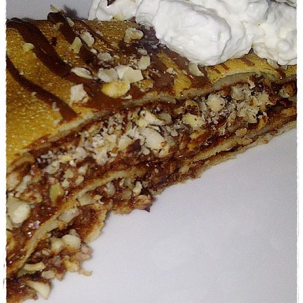 Hazelnut (Nutella Crêpe @ Café Crepe