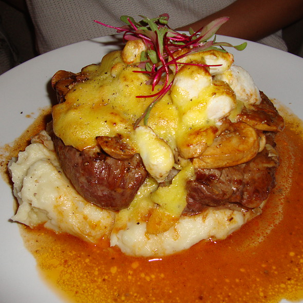 Filet Mignon w/ Mashed Potato & Mushrooms @ Alchemy Restaurant