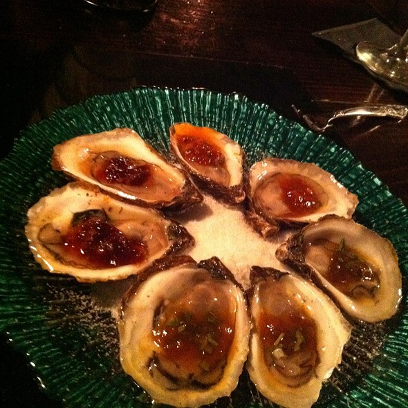 Dollar Oysters On Monday! @ Desnuda