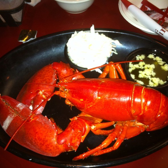 Boiled Lobster With Cole Slaw @ Newicks Lobster House