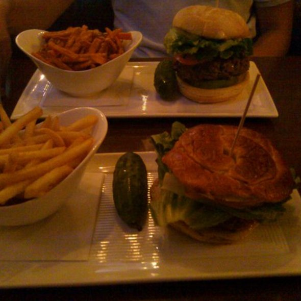 Baja & Pretzel Burger @ Plan B Burger Bar & Tavern