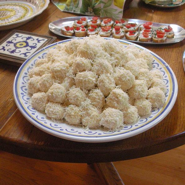 Coconut Cheese balls @ Villa Macchero