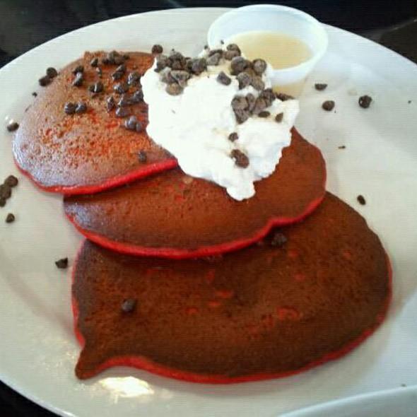 Red Velvet Pancakes @ Babycakes Cafe