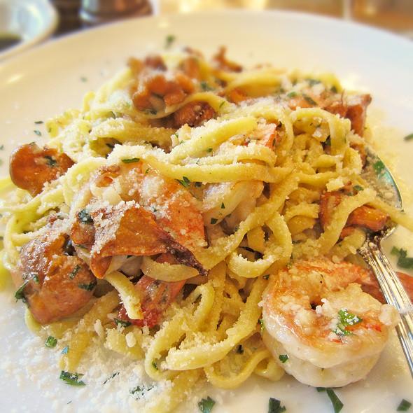 Tagliolini @ Cafe Renzo