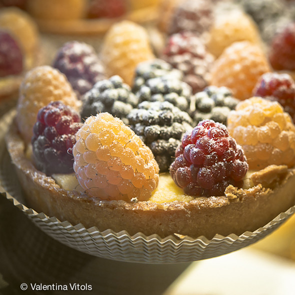 Berry Tart @ Honore Inc