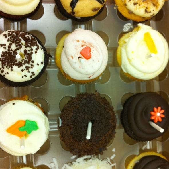 Cupcakes @ Georgetown Cupcake