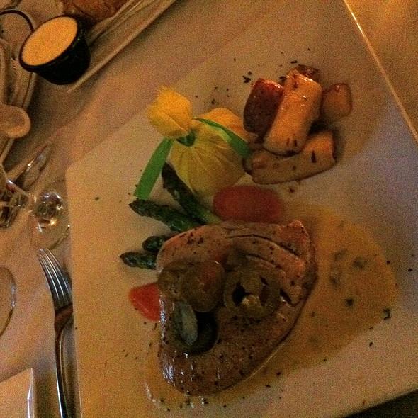 Atún A La Parrilla - Rudy & Paco Restaurant & Bar, Galveston, TX
