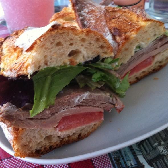 Roast Beef Sandwich @ cafe rolle