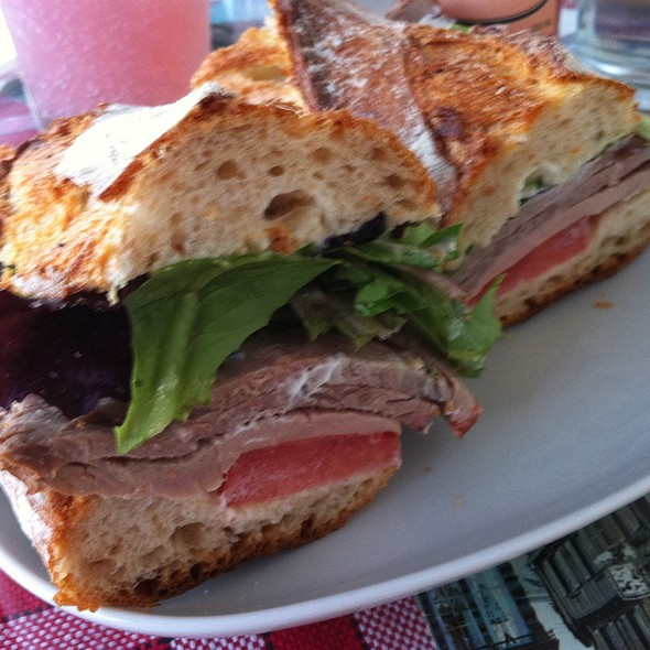 Roast Beef Sandwich @ cafe rolle