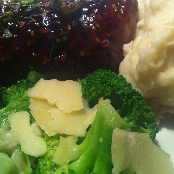 Prime Top Sirloin Steak @ Black Angus Restaurant Stuart Anderson's San Jose