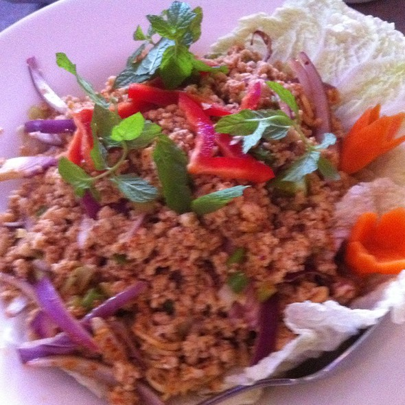 Ckicken Larb Gai @ Duck Walk On Wakefield Sq