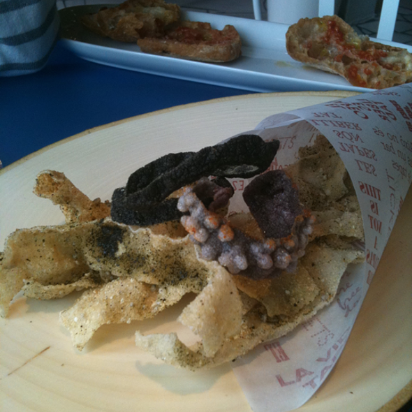 Pescaíto Frito with Galician Seaweed powder @ Tickets