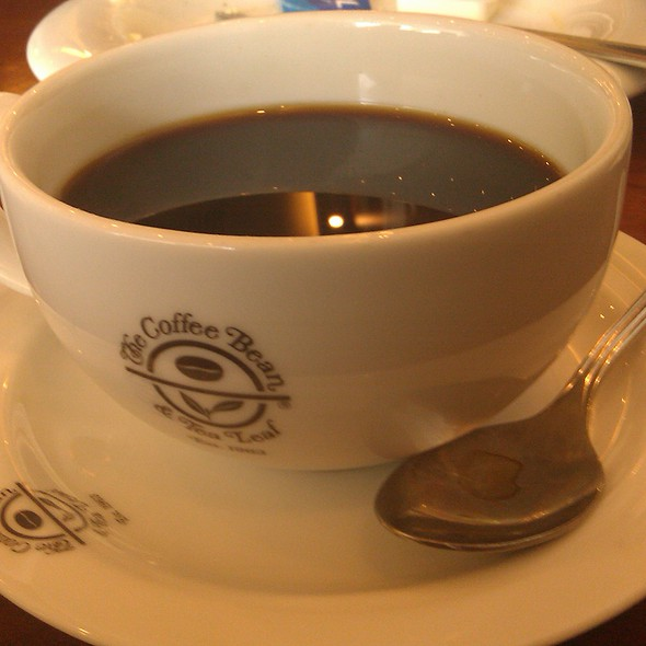 Americano @ The Coffee Bean & Tea Leaf