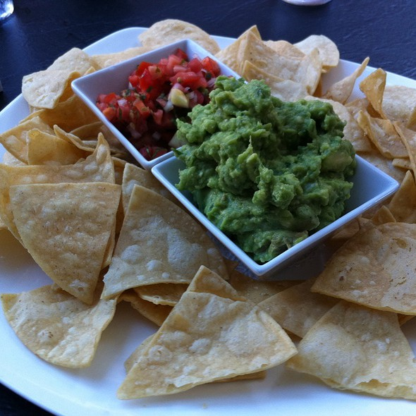 Guacamole and Chips - Onieals, New York, NY