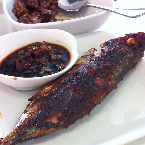 Ikan Bakar @ Bagindo Padang Restaurant