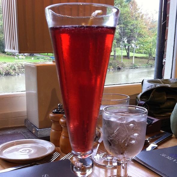 Pomegranate Sparkler @ Simon Pearce