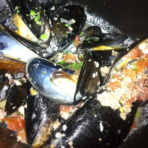 Lunenburg Sausage & Mussels - Socci at the Renaissance Arlington Capital View Hotel, Arlington, VA
