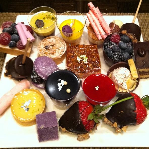 Brunch Buffet Desserts