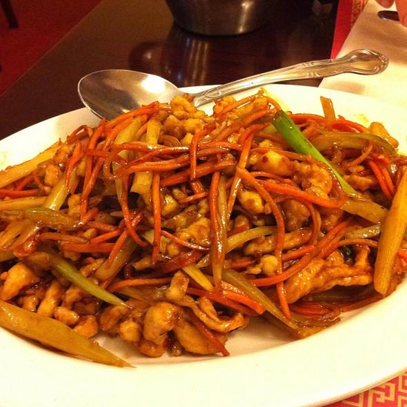 Szechuan Chicken @ Panda East