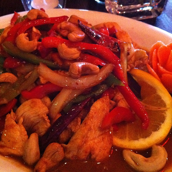 Chicken Cashew @ Thai Spice At the Forum