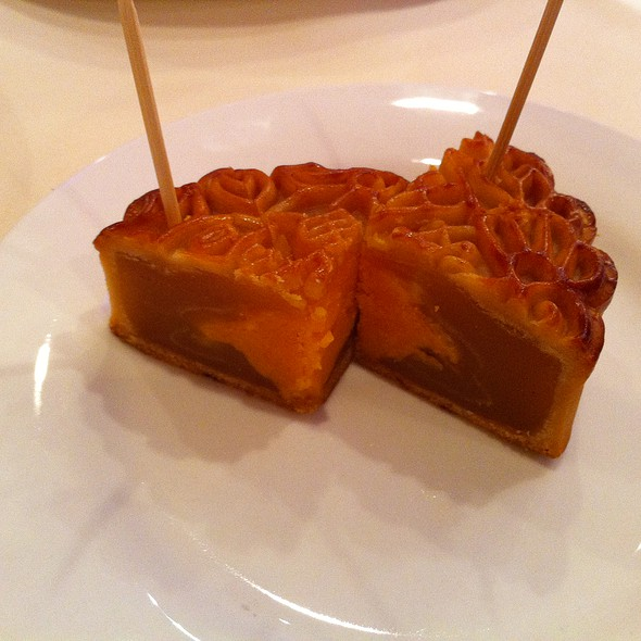 Moon Cake @ Golden House