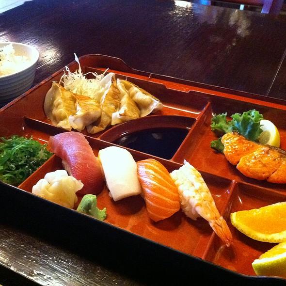 Sushi Bento Box @ Tokyo Shokudo