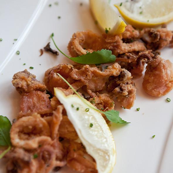 Fried Calamari @ Hernán Gipponi Restaurant