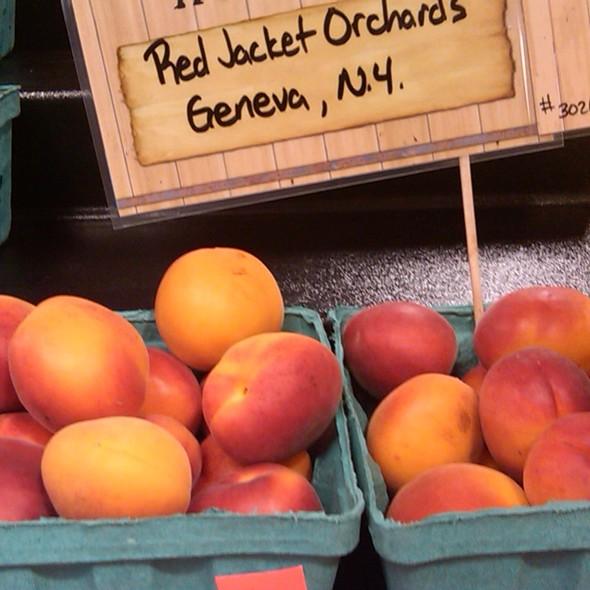 Apricots @ Wegmans