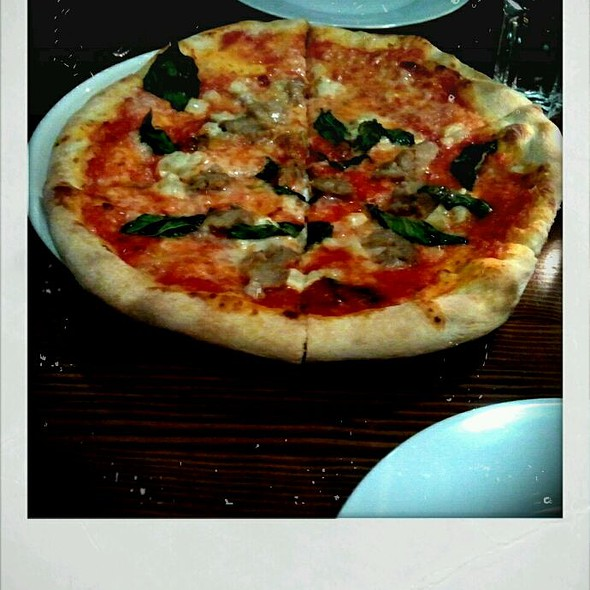 Salsiccia Pizza - Zambri's, Victoria, BC