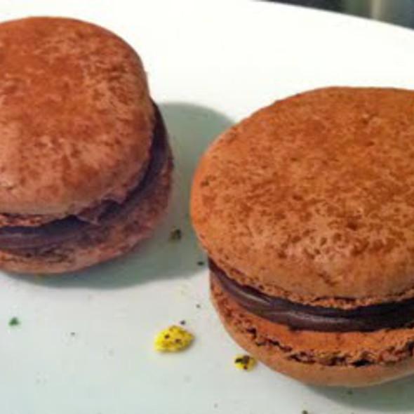 Chocolate Macarons @ En el nombre del postre