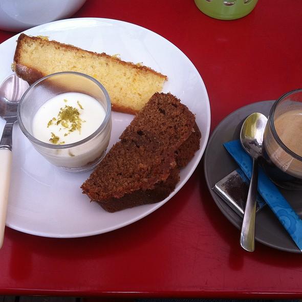 Cafe Gourmand @ Le Salon Du Cinéma Du Panthéon
