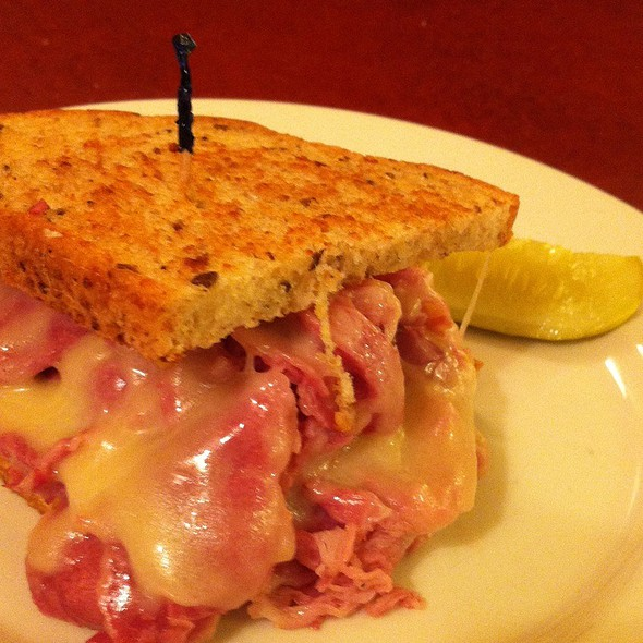 Corn Beef And Swiss Cheese Sandwich @ Susy's Soup